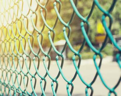 Chain Link Fences - The Fence Store - chain-link-fence-installation-and-repaire